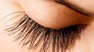 How to Grow Eyelashes Fast, Thick and Long Naturally
