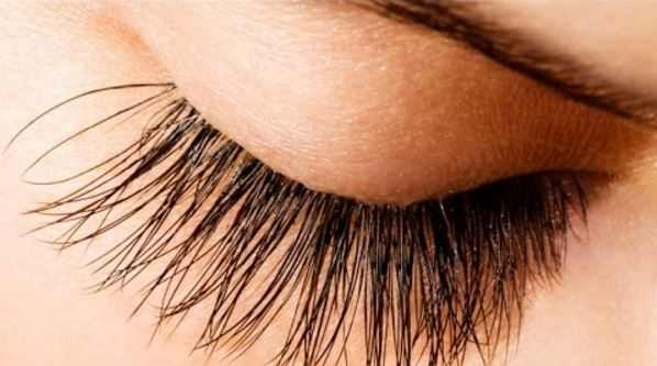 How to grow eyelashes long fast naturally