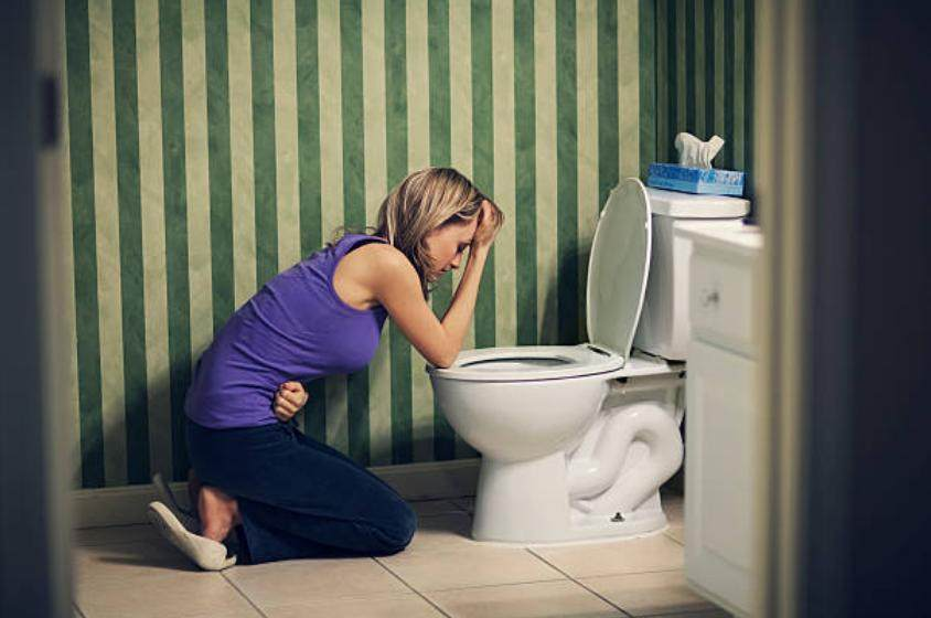 Causes of throwing up bile