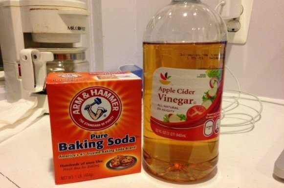 apple cider and baking soda for teeth whitening