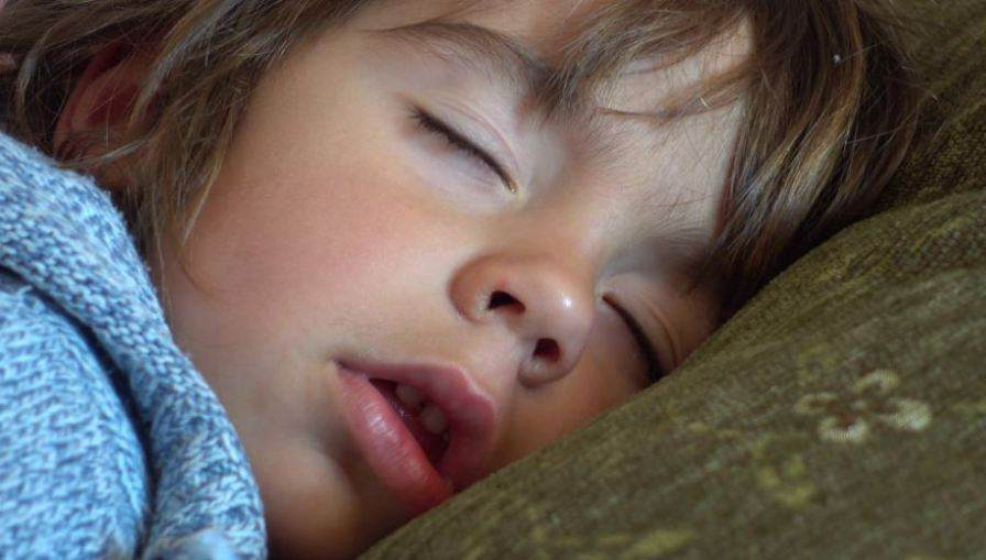 Sleeping With Mouth Open: How to Stop Mouth Breathing