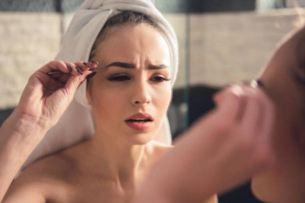 What are the causes of eye brow dandruff