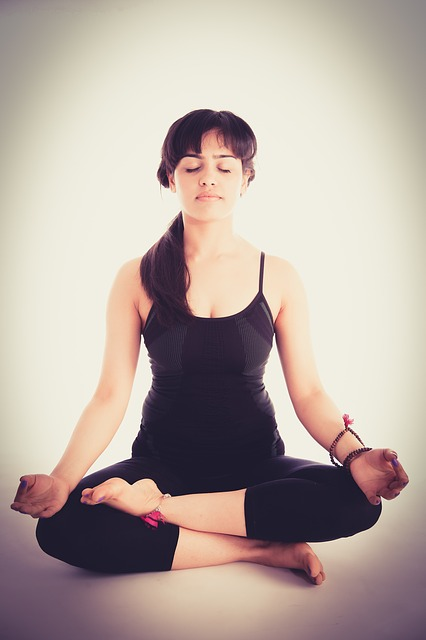 meditation-helps-with-eyebrow-twitching